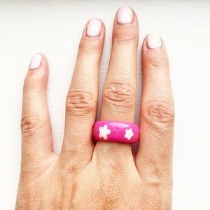 Vintage bubblegum pink & white star plastic ring